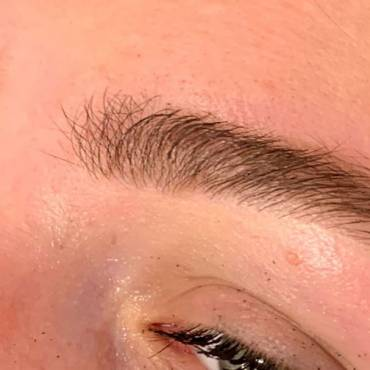 Microblading Vs HD Brows