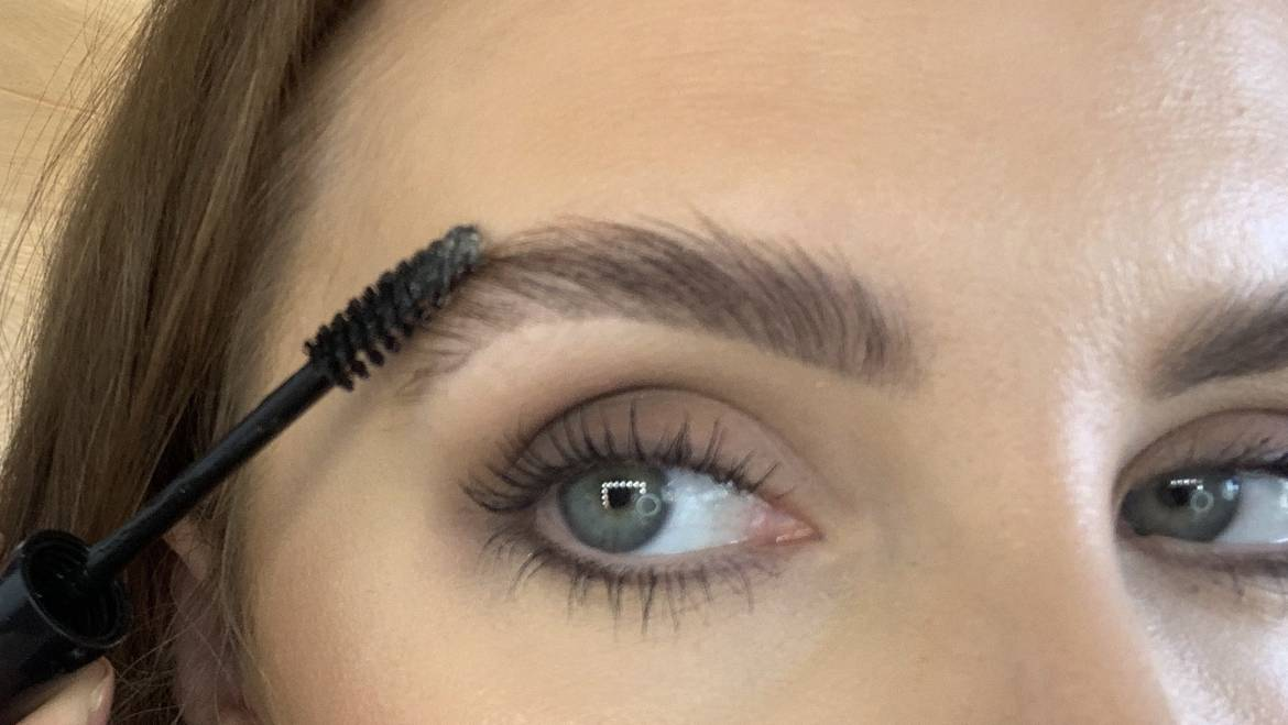 The Best Brow Products to Achieve a Full and Fluffy Brow